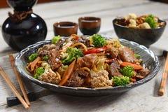中国食物- Yakissoba 免版税库存照片