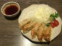 中国饺子,被油炸 免版税库存照片