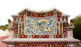 中国龙雕塑 免版税图库摄影