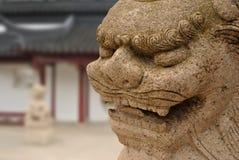 中国龙雕象 免版税库存图片