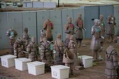 中国,羡- 3月14 :砰地作声马勇, 3月的14日赤土陶器军队 图库摄影