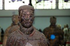 中国,羡- 3月14 :砰地作声马勇, 3月的14日赤土陶器军队 免版税库存图片