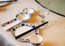 中国宴会桌设置。 图库摄影
