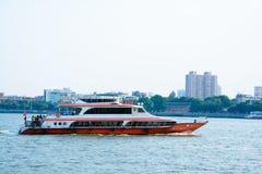 中国水公共汽车 免版税库存图片