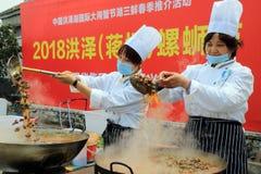 中国` s江苏省:hongze湖镇,可口食物一个小镇  库存照片