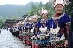 中国miao老妇人 免版税库存照片