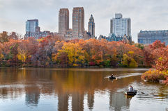中央公园划船 免版税库存图片