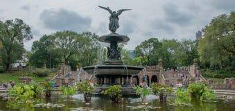 中央公园喷泉 免版税库存图片