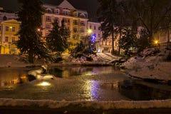 中央公园在晚上- Marianske Lazne Marienbad -捷克 库存照片