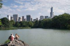 中央公园的人们 免版税库存照片