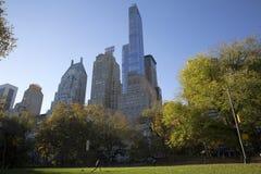 中央公园秋天颜色的曼哈顿纽约 库存图片