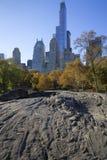 中央公园秋天颜色的曼哈顿纽约 免版税图库摄影