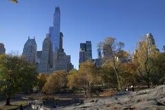 中央公园秋天颜色的曼哈顿纽约 免版税库存图片