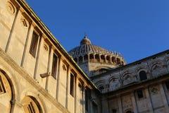 中央寺院二圣玛丽亚Assunta/比萨大教堂 库存照片