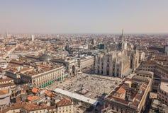 中央寺院二米兰鸟瞰图  免版税库存照片
