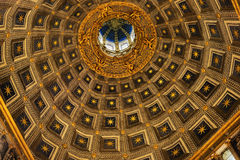 中央寺院二锡耶纳圆顶  库存照片
