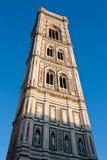 中央寺院塔在佛罗伦萨 免版税库存照片