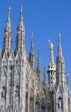 中央寺院尖顶雕象 免版税库存图片