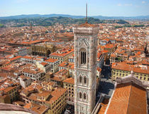 中央寺院看法在佛罗伦萨的历史的中心 免版税库存图片