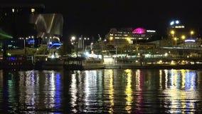 中央岗位在斯德哥尔摩 瑞典 夜,光 股票视频