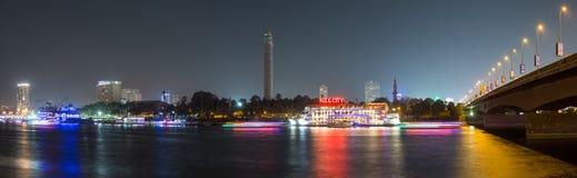 中央开罗夜全景长的曝光 库存图片