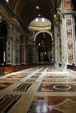 中央教堂中殿 免版税图库摄影