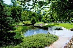 中央温泉公园在Marianske Lazne 库存图片