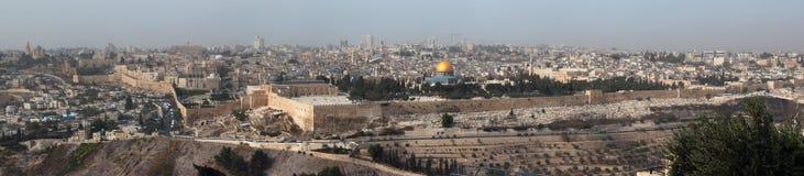 中央耶路撒冷,以色列全景  从Ol登上的看法  免版税库存图片