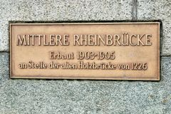 中央莱茵河桥梁(Mittlere Rheinbrà ¼ cke) 免版税库存图片