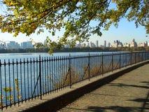 中央nyc公园水库 免版税库存照片