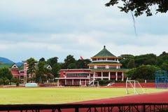 中学校园的中国传统建筑风格 免版税库存照片