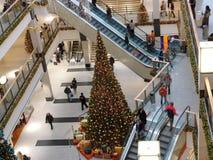 中心圣诞节购物 免版税库存照片