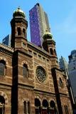 中心城市有历史的新的犹太教堂约克 免版税库存图片