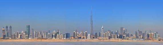 中心城市迪拜全景摩天大楼 免版税库存照片
