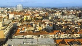 中心市的全景顶视图波尔图 库存图片