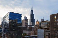 中心芝加哥和摩天大楼看法在街市芝加哥,伊利诺伊,美国 免版税库存图片