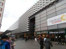 中心Galerie购物中心在德累斯顿,德国(2013-12-07) 库存照片