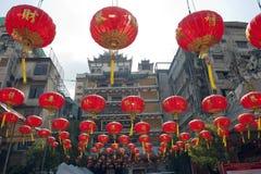 中文报纸灯笼在春节, Yaowaraj瓷城镇 免版税库存照片