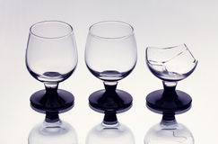 中断包括一三个葡萄酒杯 库存照片