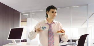 中断咖啡办公室 免版税库存照片