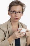 中断有女实业家的咖啡 库存图片