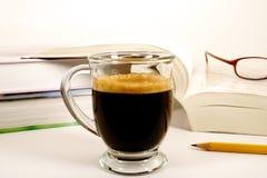 中断浓咖啡研究 图库摄影