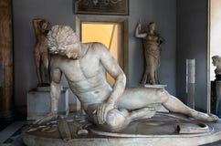 中断的高卢的雕象 免版税库存图片