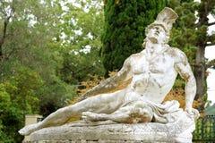 中断的Achiles雕象  库存图片
