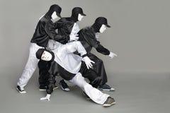 中断舞蹈演员纵向小组年轻人 免版税图库摄影