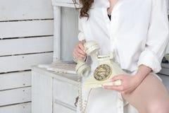 中断购买权咖啡日艰难办公室电话时期对工作 库存照片