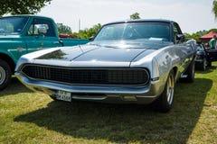 中等大小汽车福特大牧场主GT, 1970年 库存图片