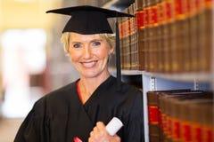中部年迈的毕业生 库存图片