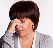 中间悲伤妇女 免版税库存照片