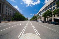 中间街道 免版税库存图片